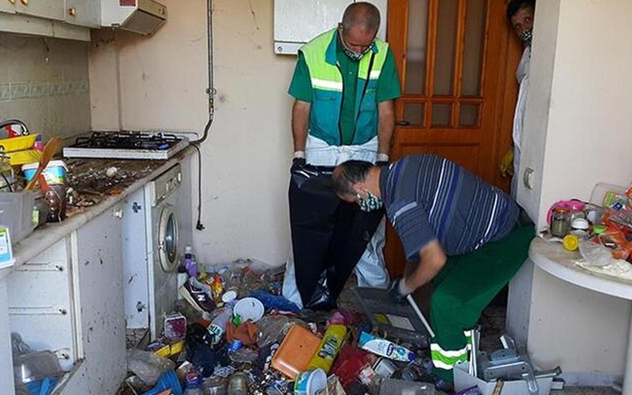 Bursa'da yaşlı adamın evinden 10 ton çöp çıktı! Çöplerin arasında bakın ne bulundu