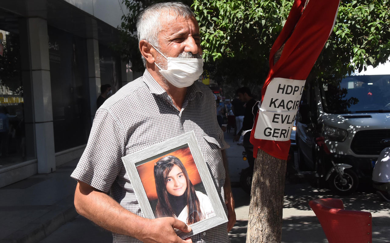 İzmir'de evlat nöbeti tutan baba asker olmak için dilekçe verdi