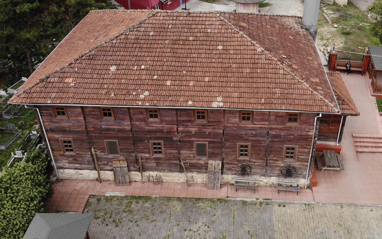 200 yıllık çivisiz cami Zonguldak'ta kendine hayran bıraktı