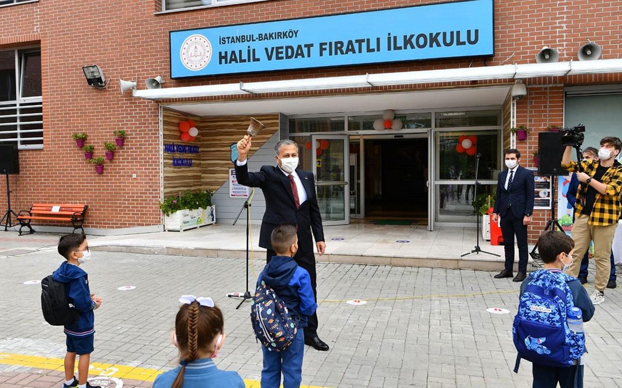 Ali Yerlikaya ders zilini çaldı öğrenciler için balon uçurdu