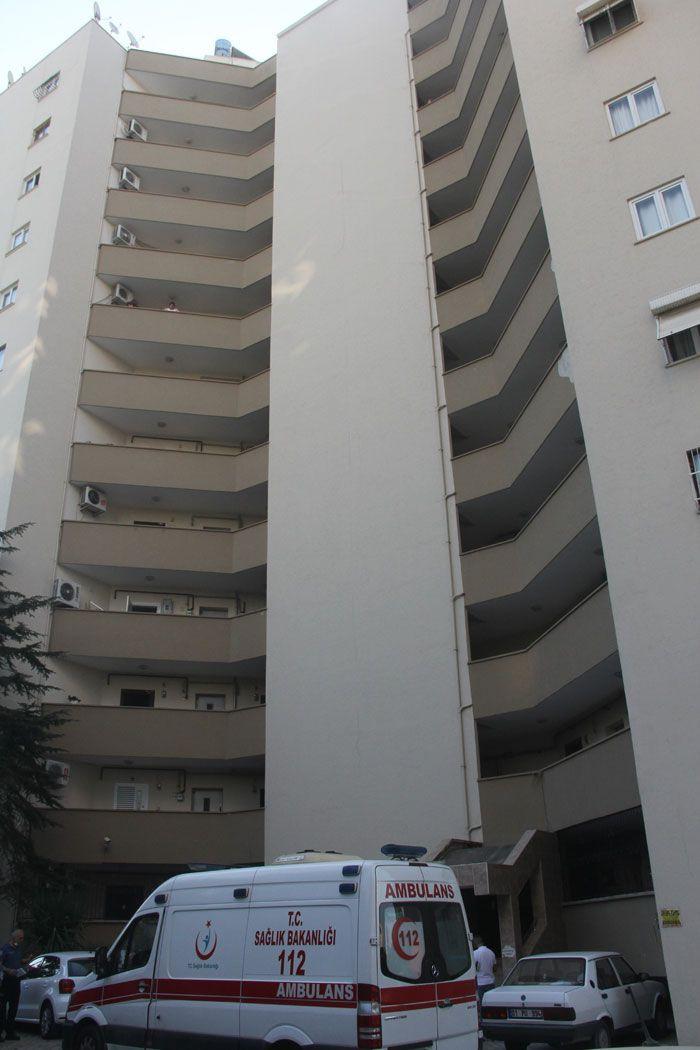 Adana'da komşularını ölü bulan vatandaşlar şok oldu