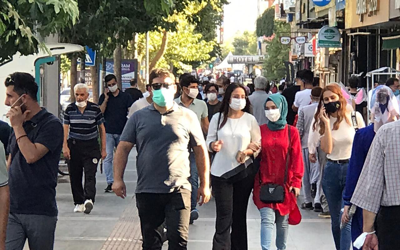 Konya'da karantina kurallarına uymayan 33 kişi hakkında dava açıldı