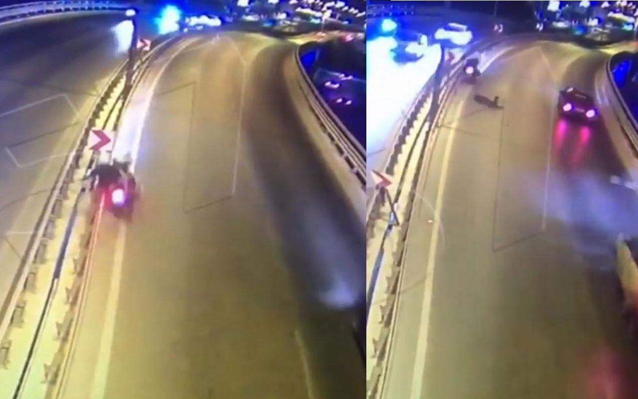 Antalya'dan acı haber! Başını direğe çarpan motosikletli polis memuru şehit oldu