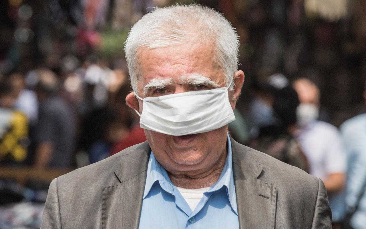 Beyazıt'ta maske ve sosyal mesafe kuralı unutuldu