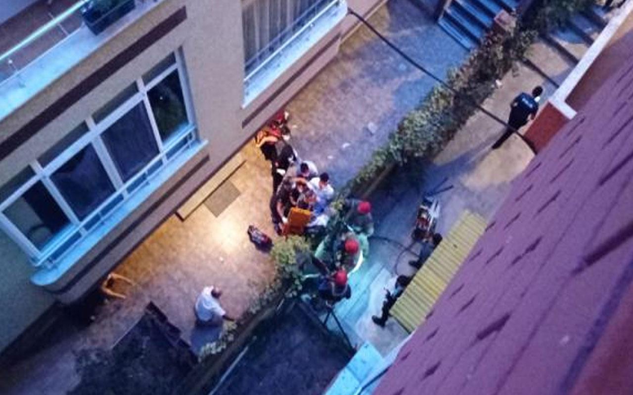 İstanbul Avcılar'da balkondan düşen yaşlı adama demir korkuluklar saplandı