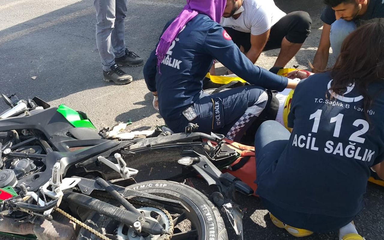 Mardin'de feci kaza! Motosiklet sürücüsü yolcu otobüsünün altına girdi