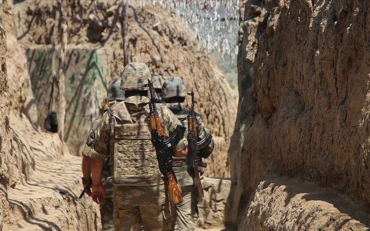 Azerbaycan Savunma Bakanlığı:Bu gece bazı stratejik tepeler işgalden kurtarıldı