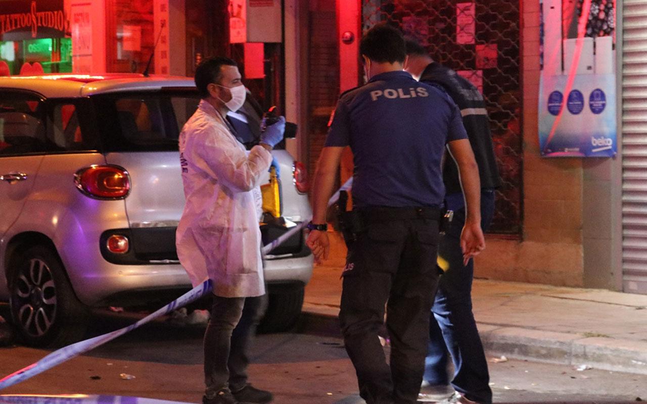 İzmir'de korku dolu dakikalar! Arkasından koşup bacaklarından vurdu