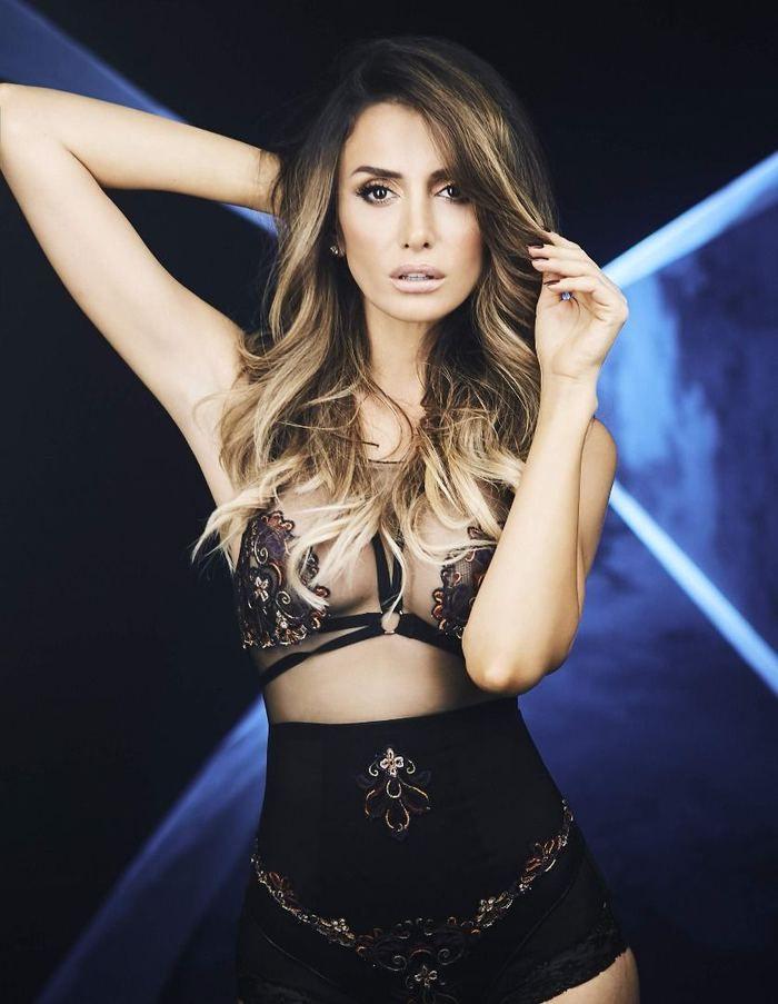 Emina Jahovic Mustafa Sandal hakkındaki sorulara bakın ne tepki verdi