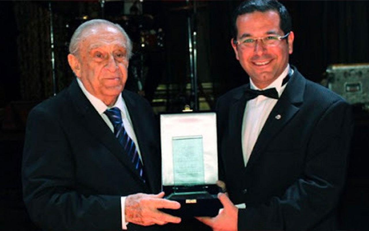 Eski Başbakan Yardımcısı ve Dışişleri Bakanı Ali Bozer, koronavirüse yenik düştü