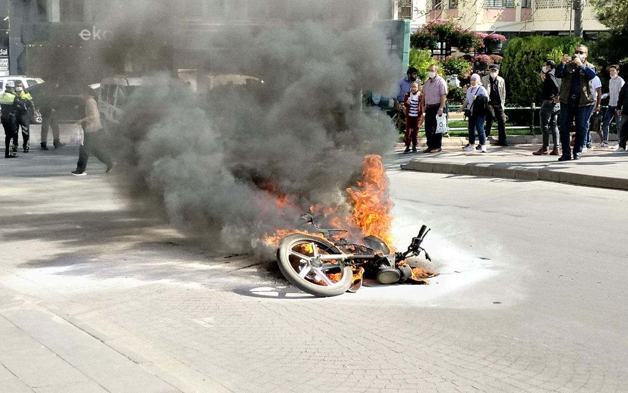 Eskişehir'de ilginç olay! Ehliyetsiz sürücü cezaya kızıp motosikletini yaktı