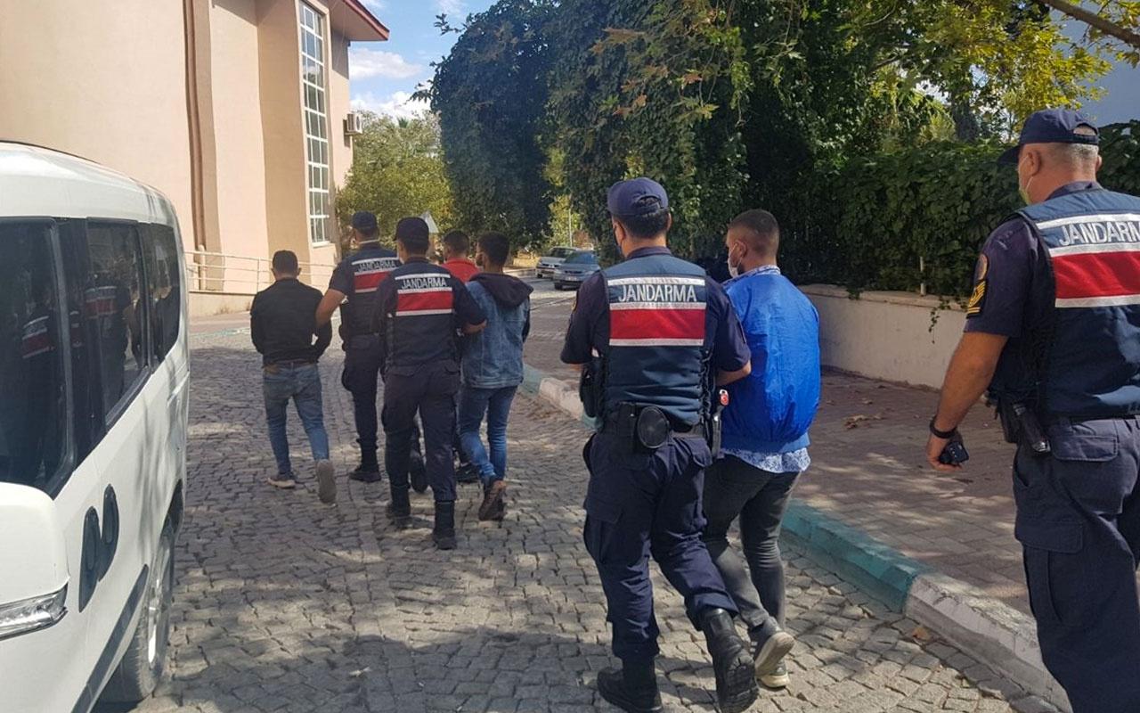 İzmir'de ormanı yakan 4 kişi tutuklandı