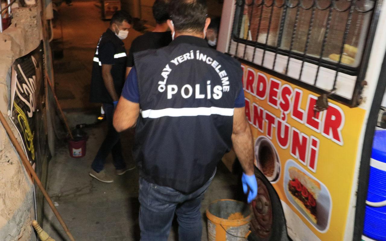 Adana'da akılalmaz olay: Tantuni yemeğe gittiği arkadaşını vurdu