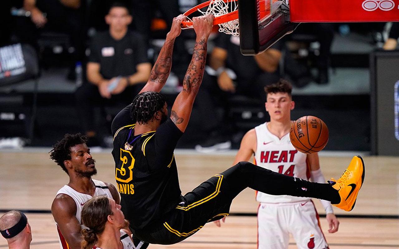 Los Angeles Lakers'tan ikinci galibiyet!