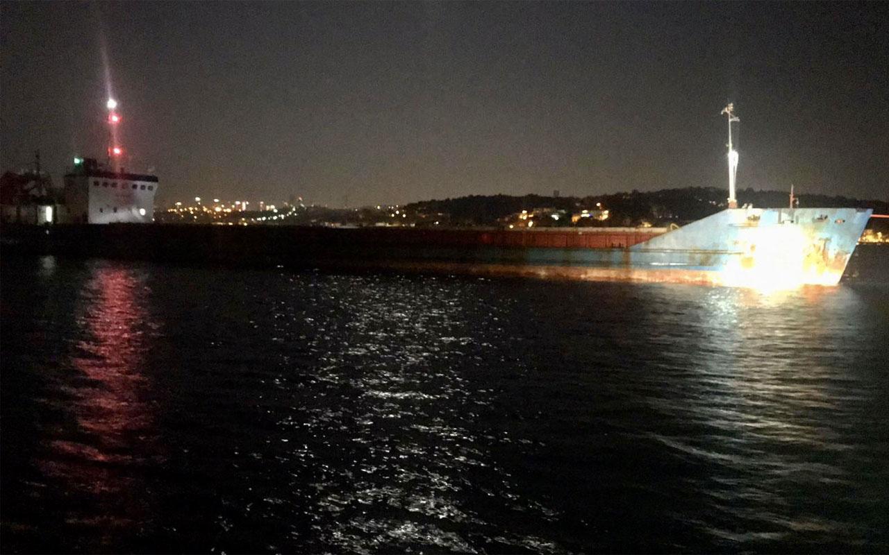 Boğazda sürüklenen yük gemisi kurtarıldı