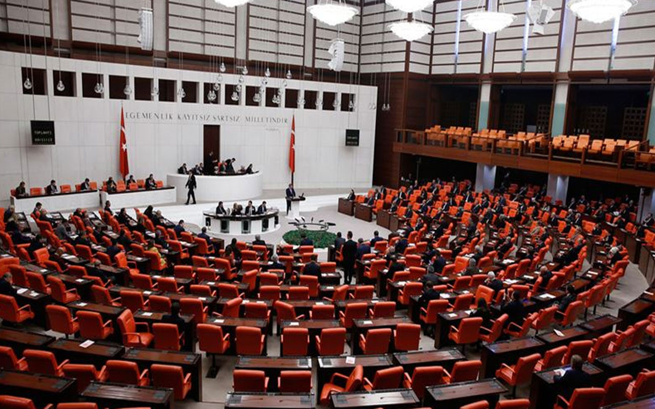 Meclis'e sunuldu! AK Parti'den 12 maddelik torba teklif