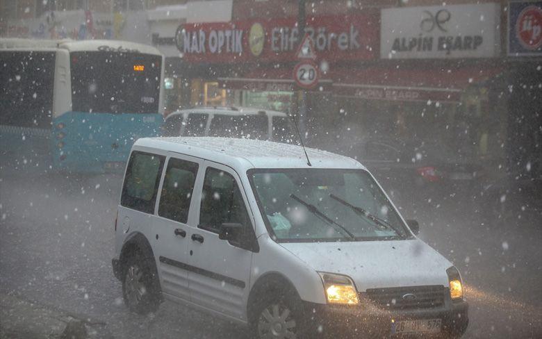 Yarın dolu ve yağmur geliyor 2 gün sürecek Meteoroloji 24 ilde alarm verdi