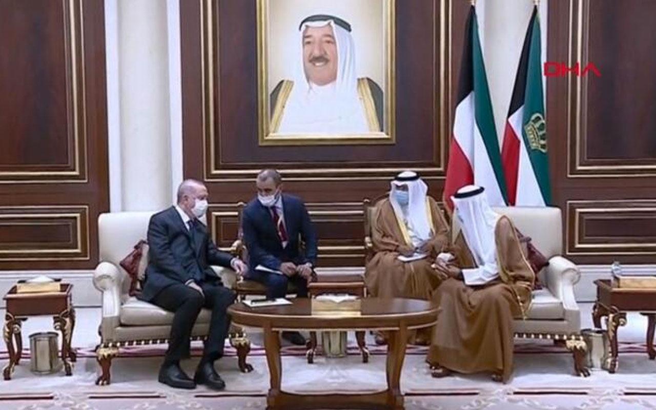 Cumhurbaşkanı Erdoğan Kuveyt'e geldi! Emir'le görüştü taziyelerini iletti