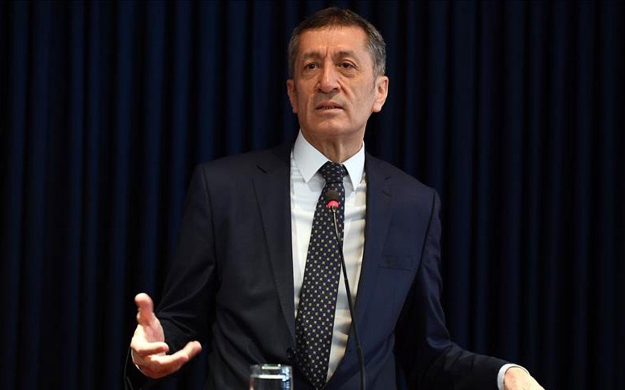 Milli Eğitim Bakanı Ziya Selçuk'tan 1 günlük erteleme özrü