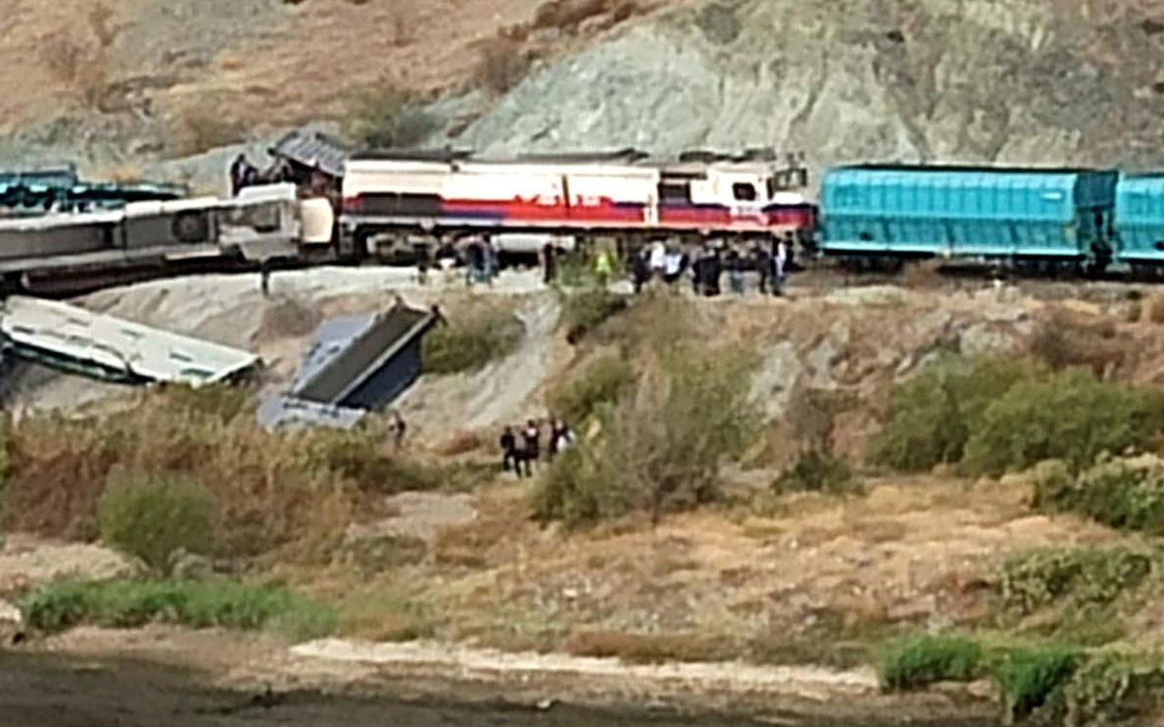 Ankara'da iki tren kafa kafaya çarpıştı: 2 ölü