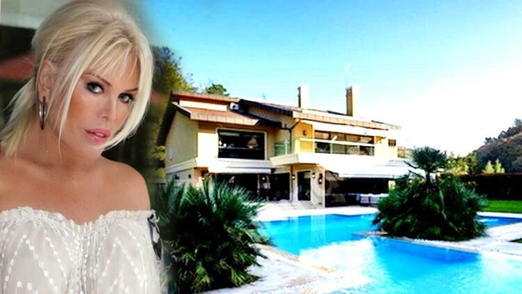 6 odalı 2 salonlu ultra lüks villasını satamadı! Ajda Pekkan fiyatta büyük indirim yaptı