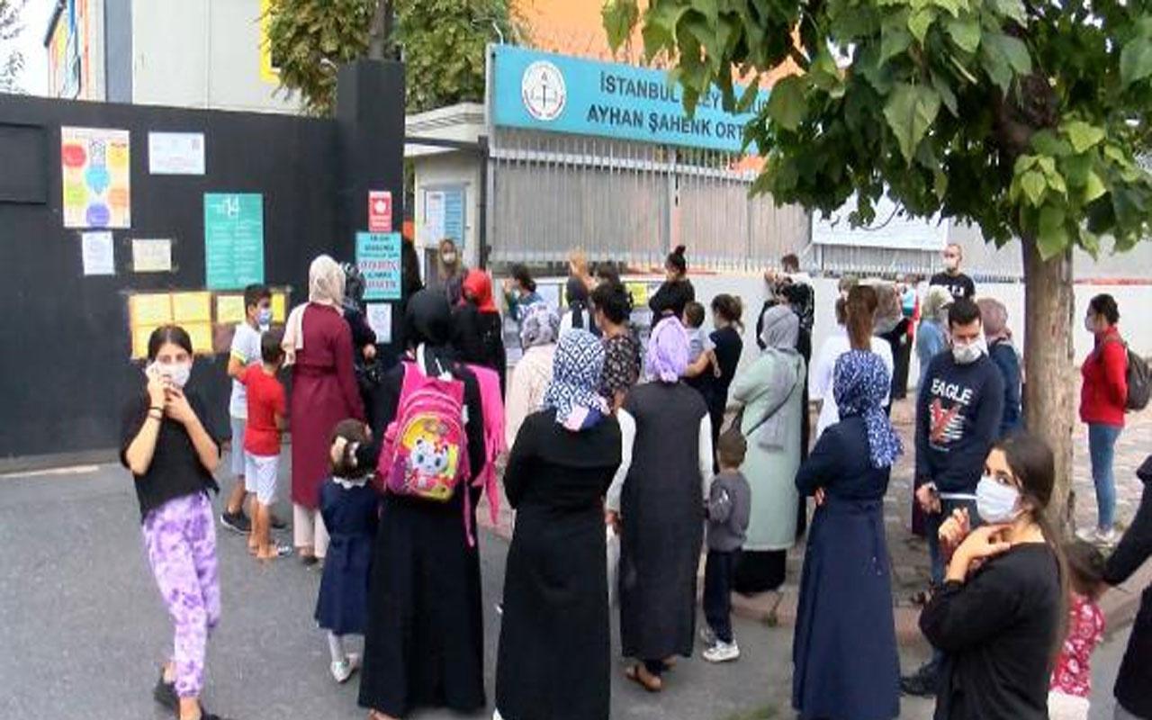 İstanbul'da okul servisi tartışması! Veliler de şikayetçi servisçiler de