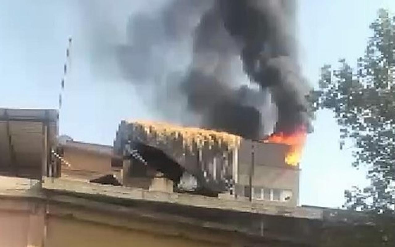 Kahramanmaraş'ta korkutan yangın! Bir anda alevler çatıyı sardı