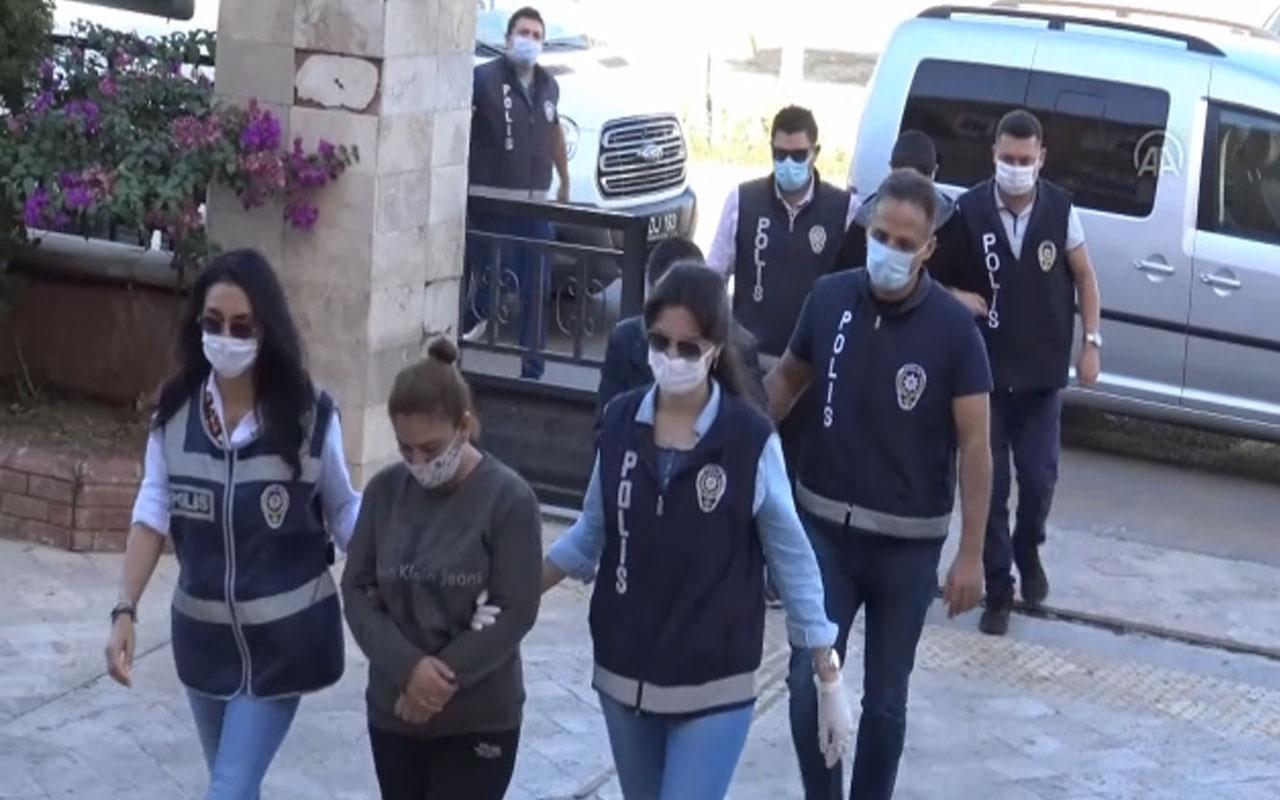 Aydın'da başkasına ait evi satmaya çalıştılar!Tapu Müdürlüğünde gözaltına alındılar