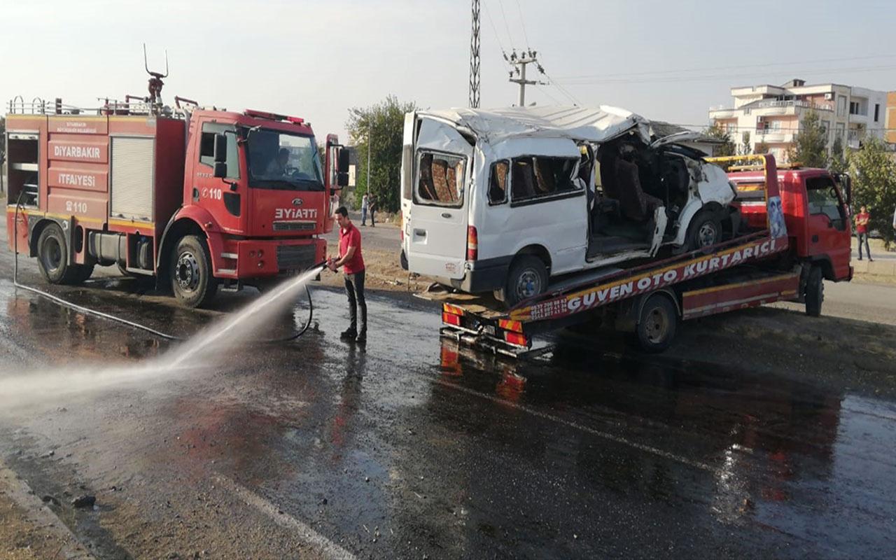 Diyarbakır'da tekstil işçilerini taşıyan servis devrildi: 10 yaralı