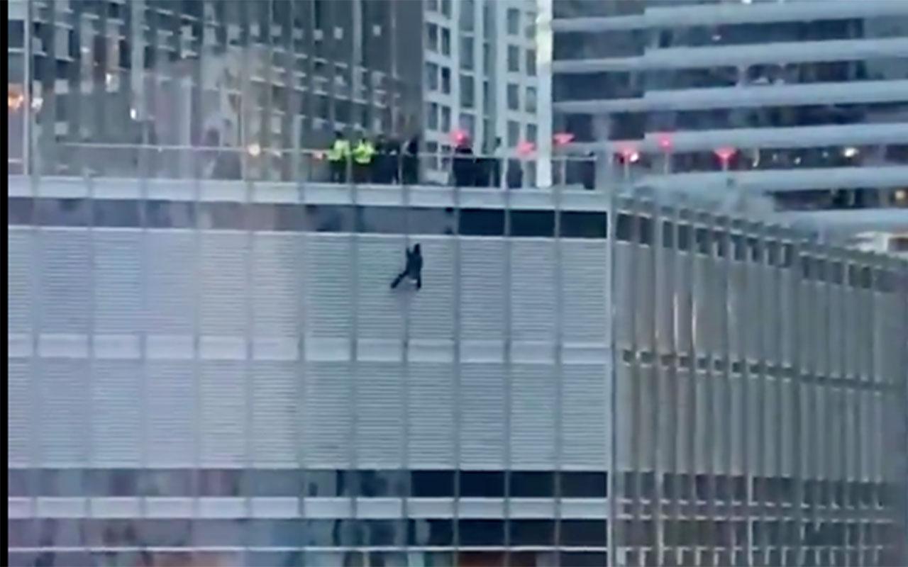 Trump Tower'da dehşet anları! Trump'la görüşmezsem ipi keserim