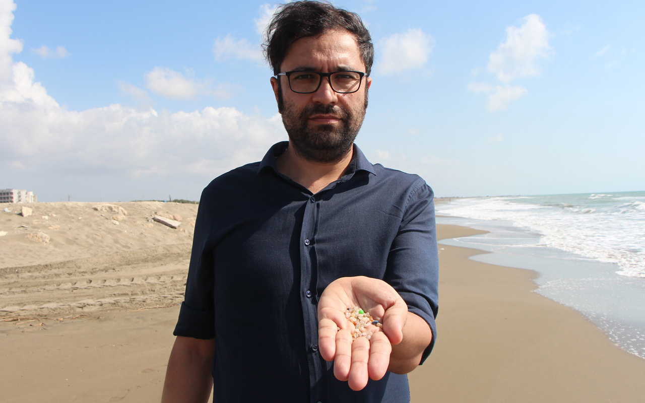 Bir avuç kumda 200 tane var insanlarda kanser yapıyor! Korkutan 'pelet' uyarısı