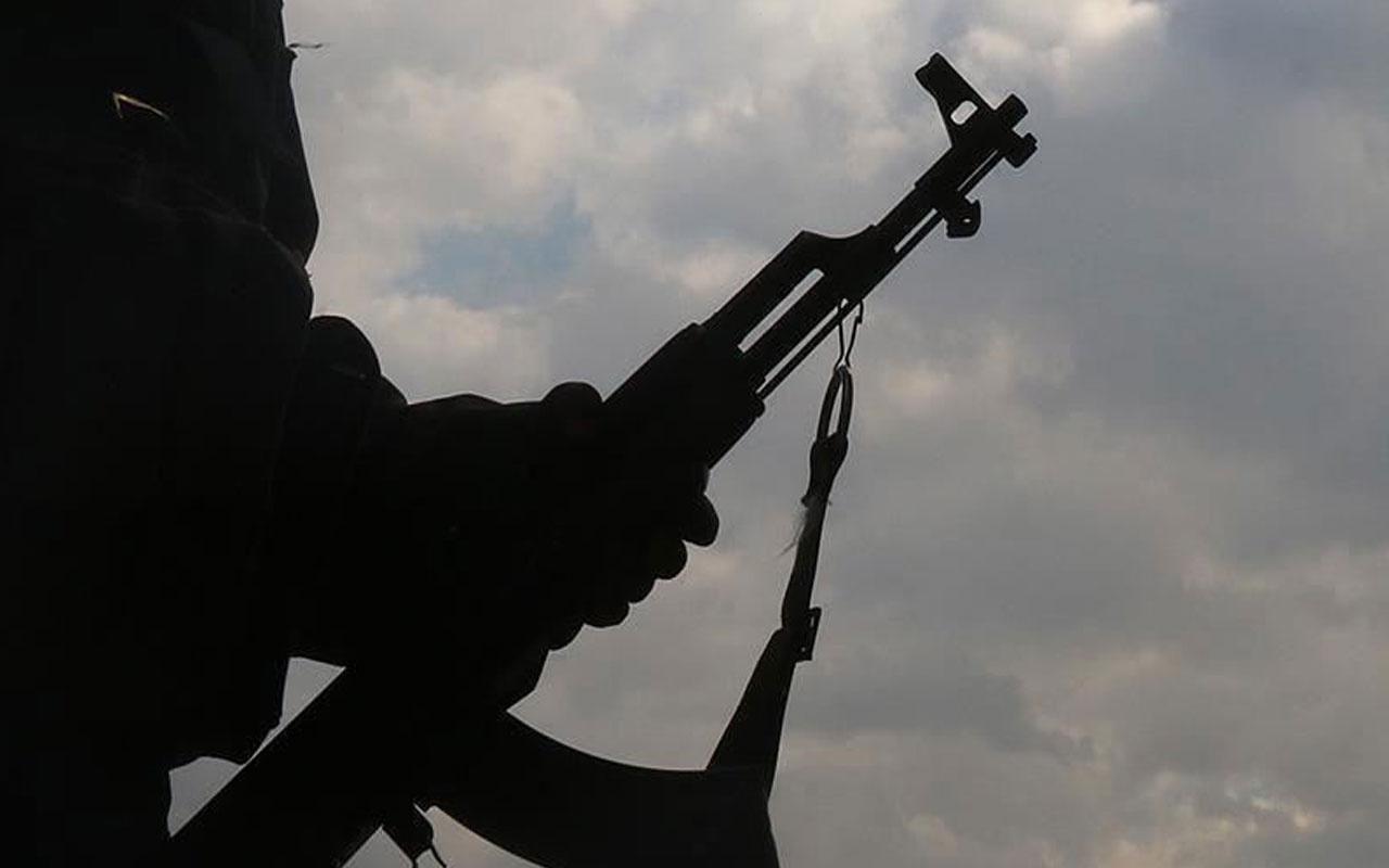 Van'da jandarmanın ikna çalışmaları sonucu 2 terörist teslim oldu