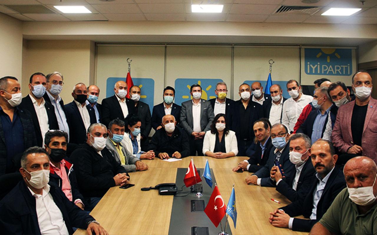 İYİ Parti'de kriz büyüyor! İstanbul'daki 39 ilçe başkanı Ümit Özdağ'ın ihraç edilmesini istedi