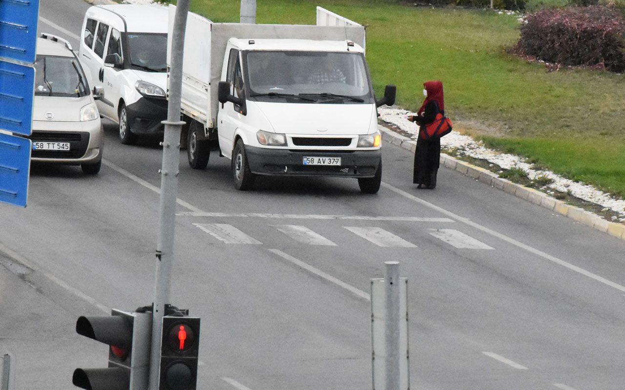 Sivas'ta dilenciler başvurduğu yöntemle 'pes' dedirtti böyle sakladılar