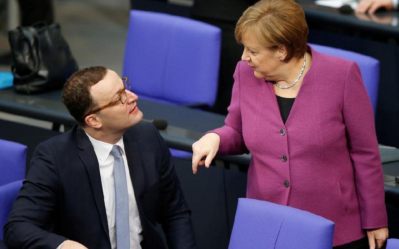Alman sağlık bakanına koronavirüs şoku