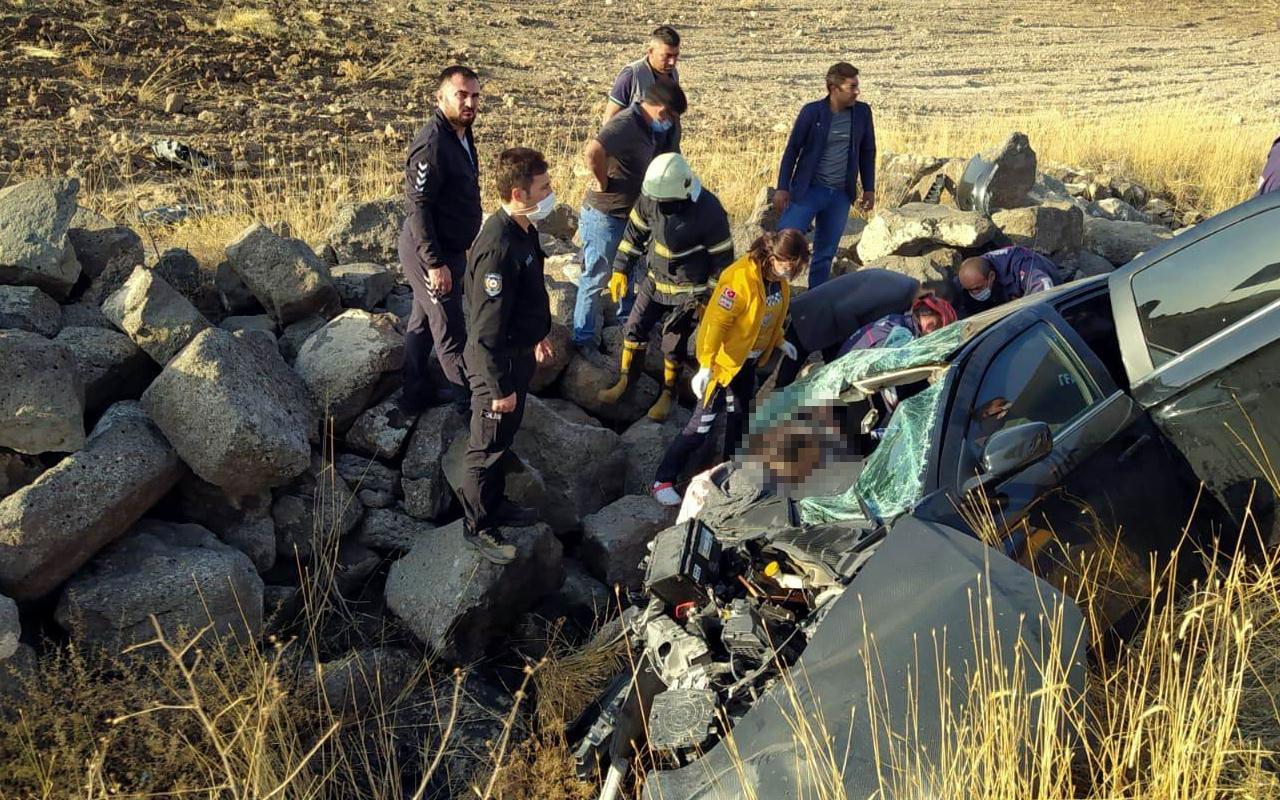 Nevşehir'de feci kaza! Araç içinde sıkışıp can verdi