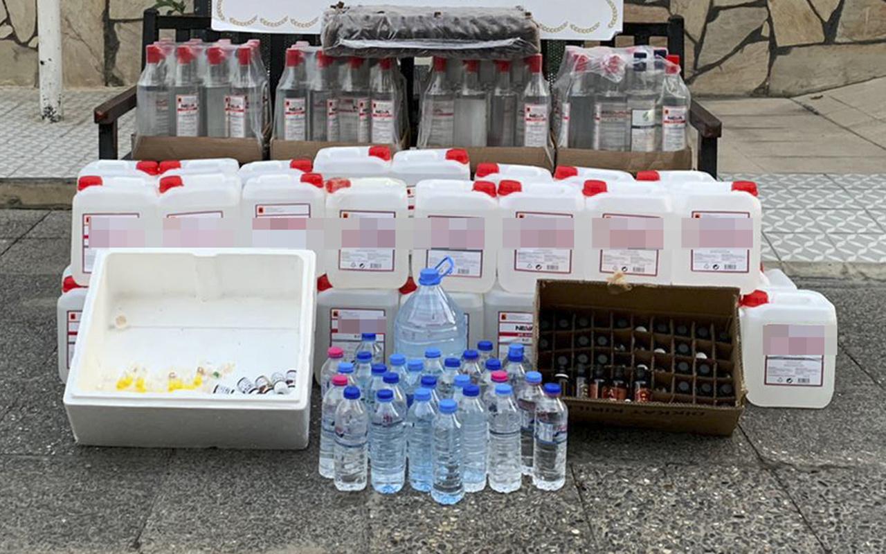 İzmir'de sahte içki satışı yapan kokoreççiye baskın yapıldı!