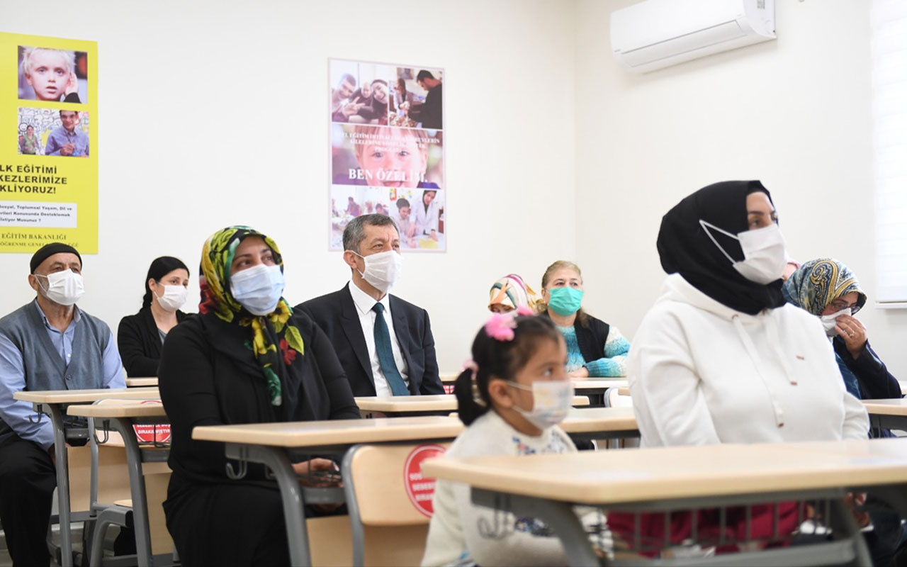 MEB'den özel eğitim gereksinimi olan öğrencilerin ailelerine destek