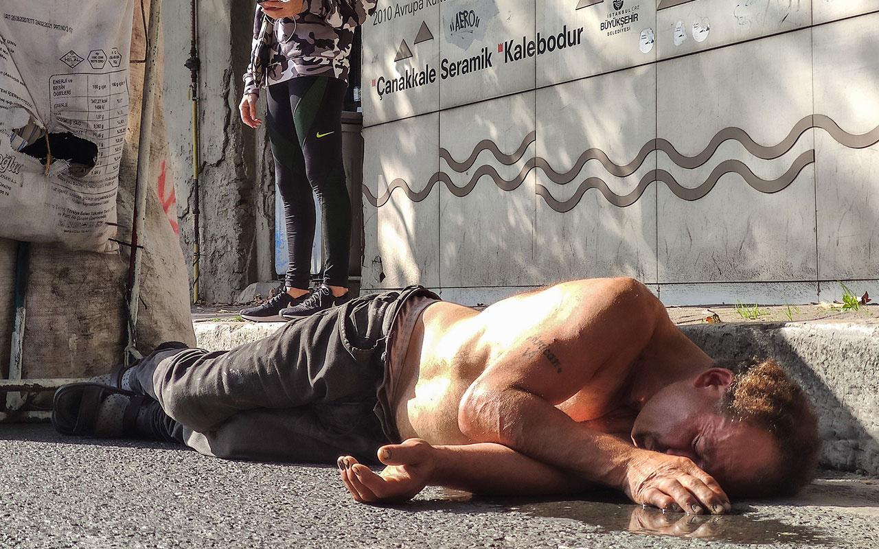 İstanbul Beşiktaş'ta bayılan kağıt toplayıcısı ayılınca sağlıkçılara saldırdı