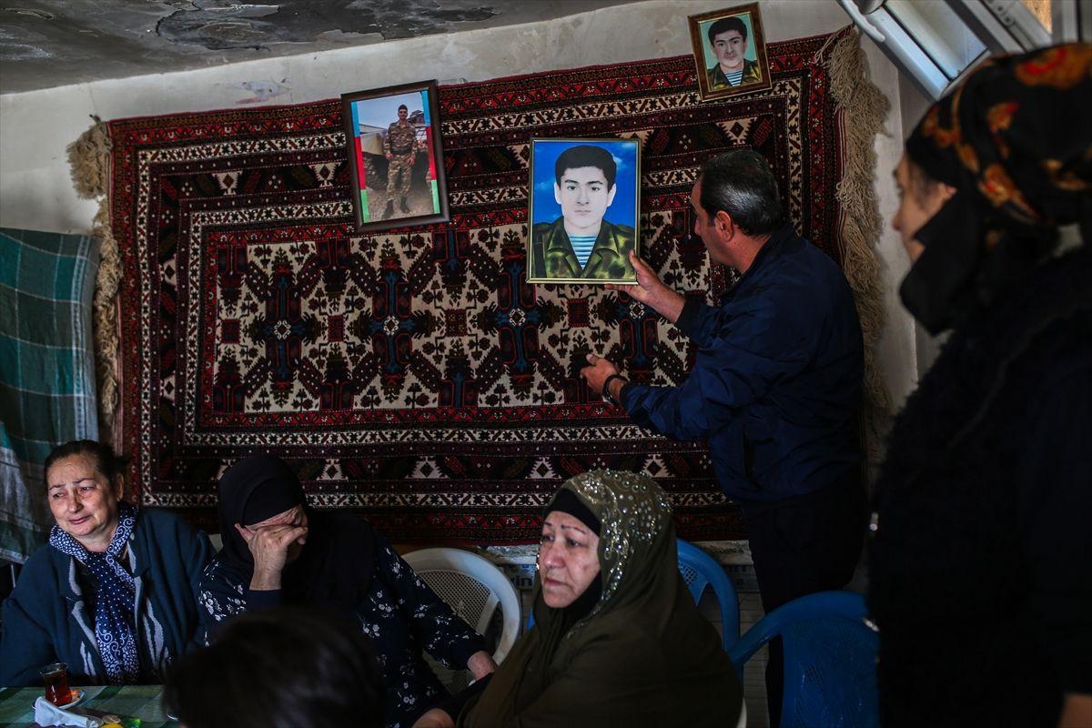 Azerbaycanlı şehit askerin annesi: Annesini de cepheye çağırsalar, ben gideceğim
