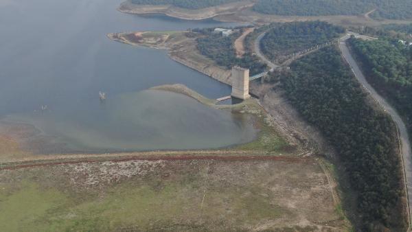İstanbul barajlarında alarm! Sular çekilince korkutan görüntü ortaya çıktı