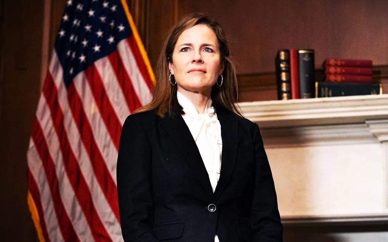 ABD Senatosu Trump'ın Yüksek Mahkeme adayı Amy Coney Barrett'ı onayladı