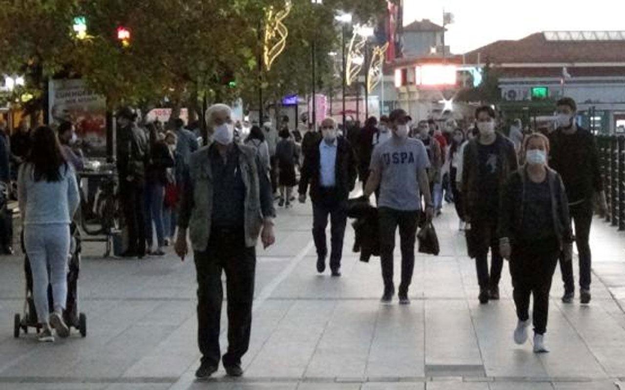 Çanakkale'de vakalar yüzde 50 arttı! Prof. Dr. Alper Şener'den çift kat maske önerisi