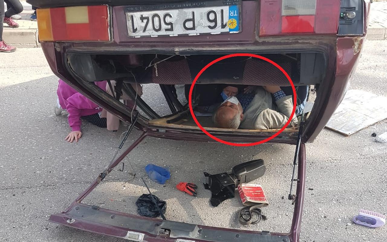 Bursa'da feci kaza! Takla attı ters döndü araçta sıkıştılar