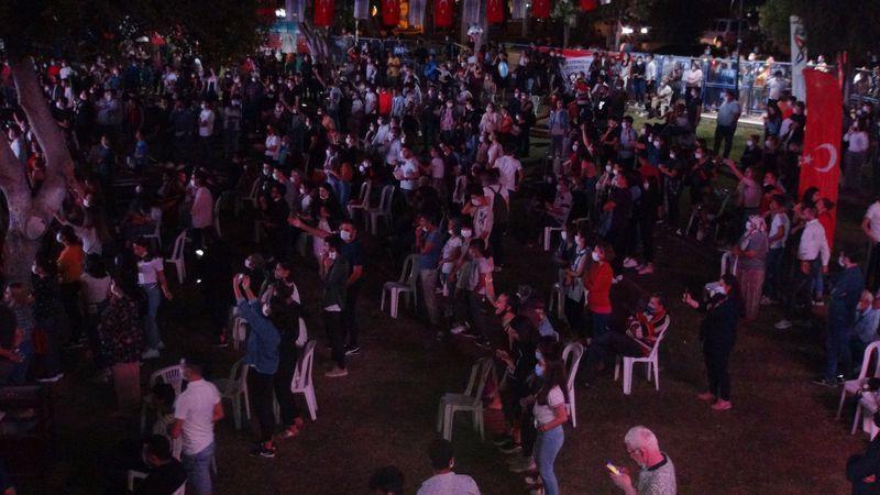 Murat Dalkılıç konserinde pes dedirten görüntüler! Büyük tepki çekti