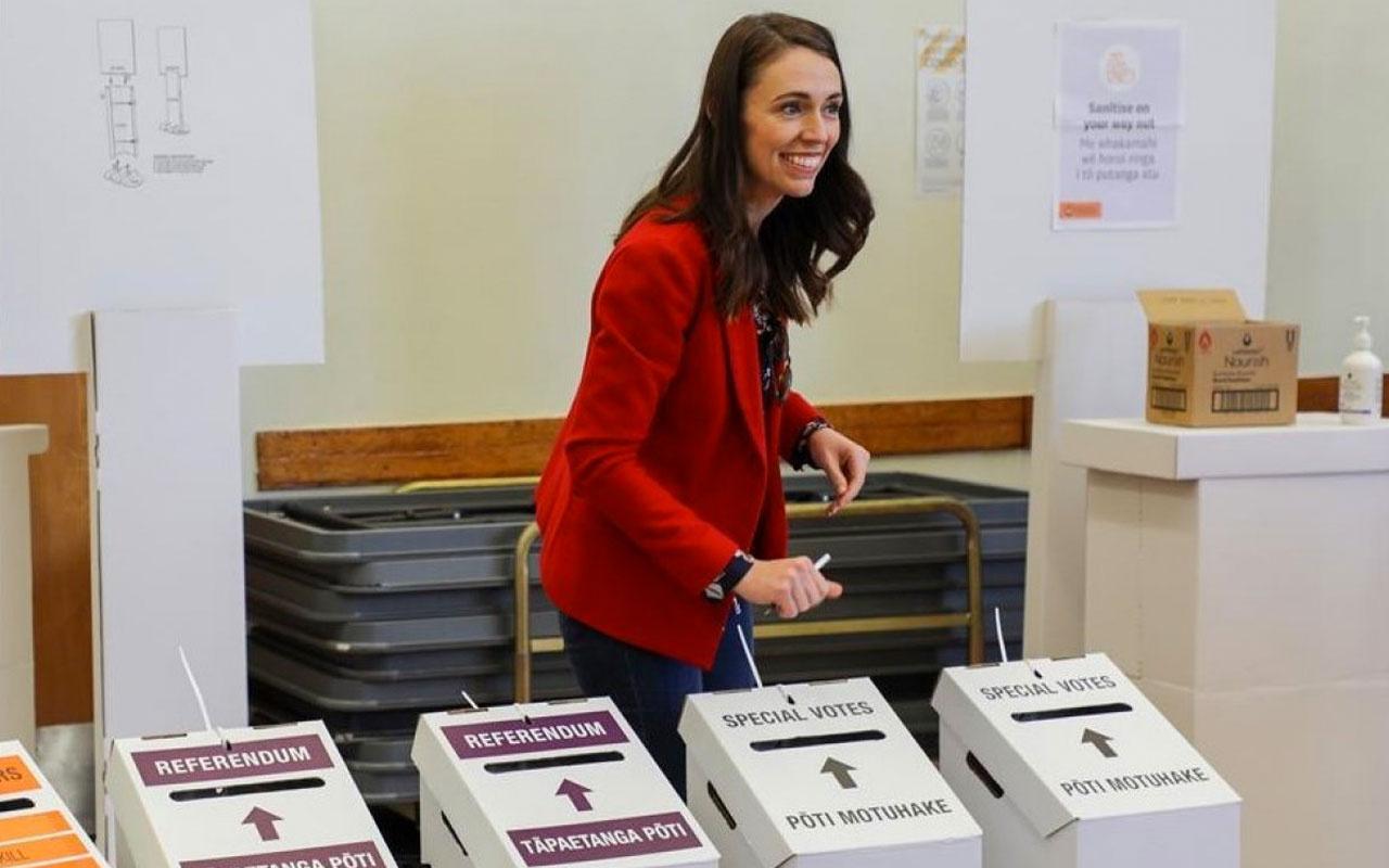Yeni Zelanda'da ötanazi ve esrar referandumu biri geçti biri kaldı