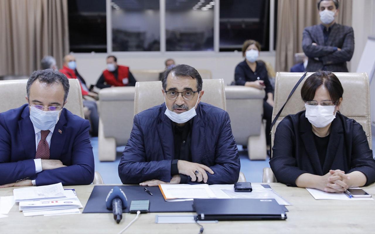 İzmir'de elektrik ve doğalgaz kesintisi! Enerji Bakanı Dönmez açıkladı