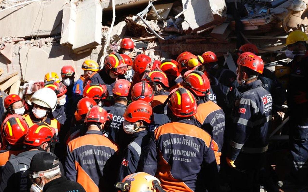 İzmir'de depremden 26 saat sonra mucize kurtuluş! Marketteyken yakalandı