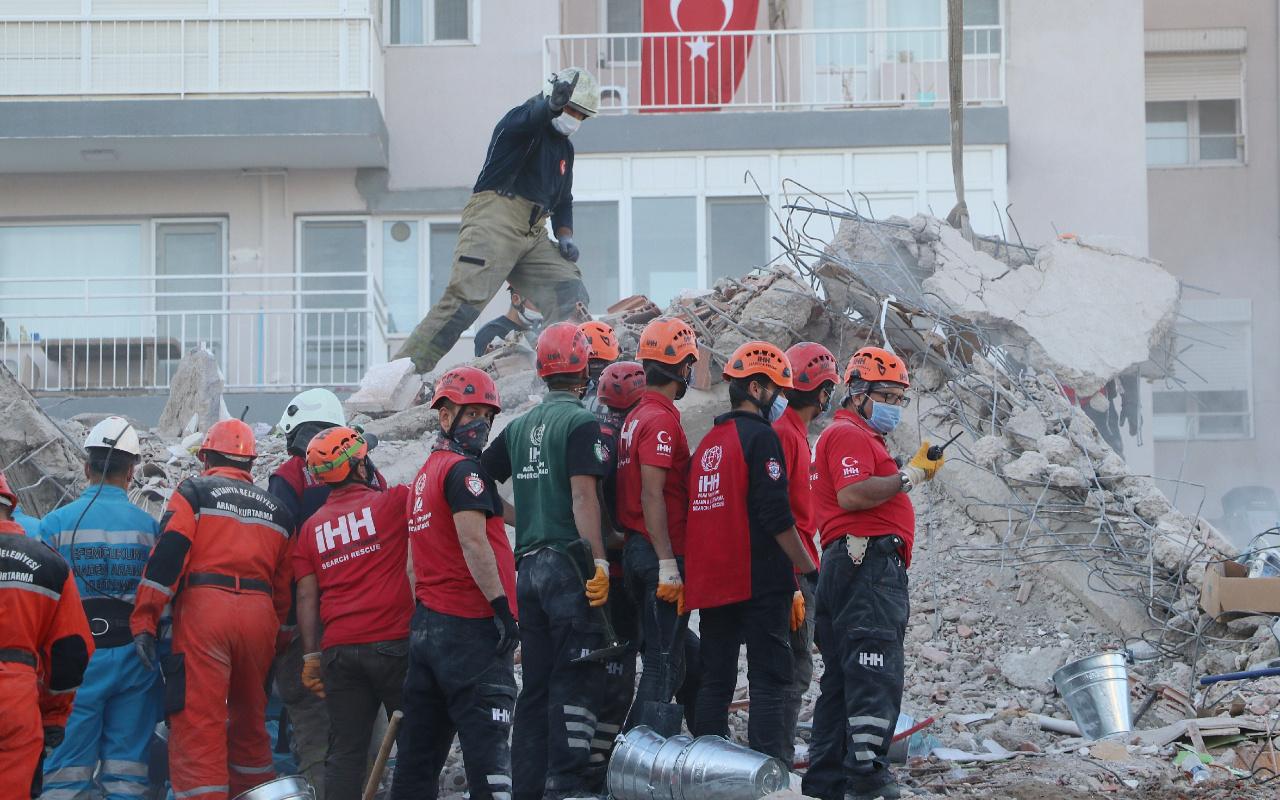 Depremin vurduğu İzmir'e hırsızlık için geldiler