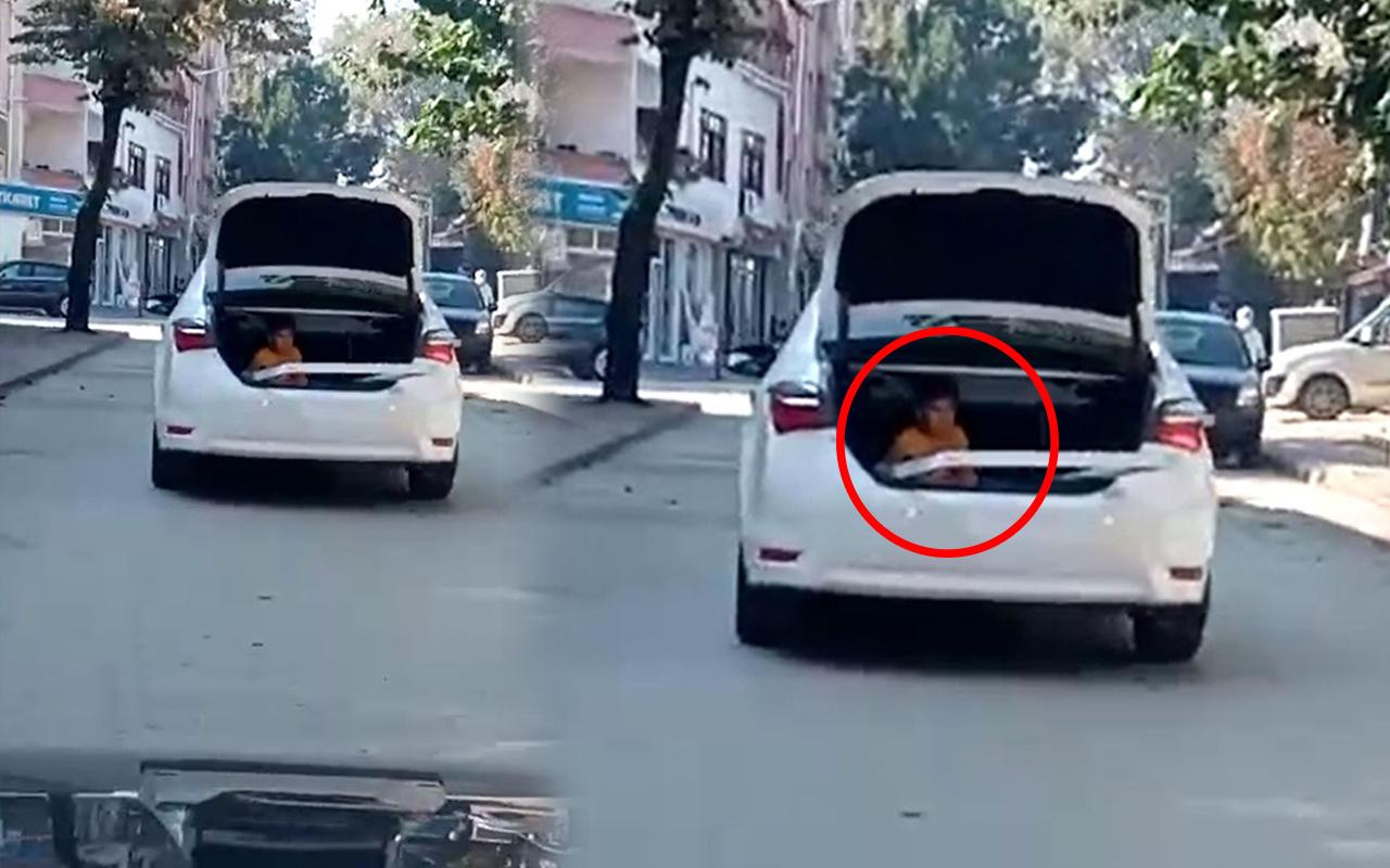 Bursa'da trafikte korku dolu anlar! Bagajda görenler şok oldu